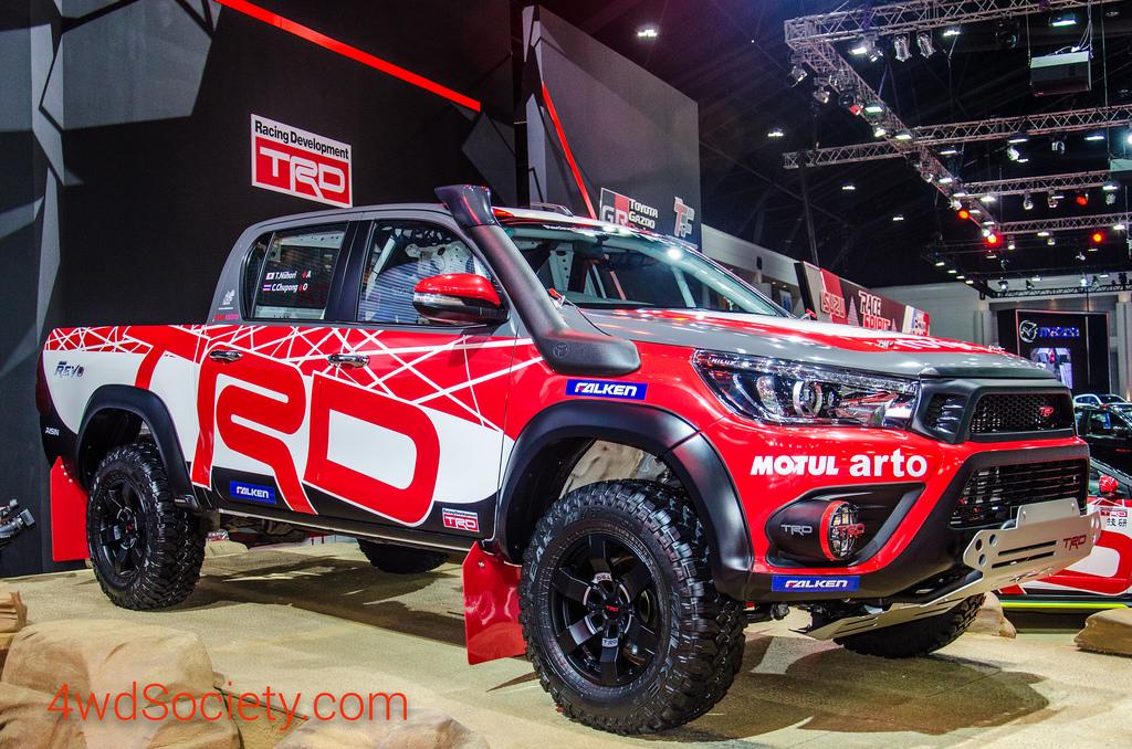 Toyota Hilux Revo แต่งออฟโรดเต็มสูบ เตรียมลุยสนาม Asia Cross Country Rally 2016